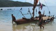 maloboypullinboat